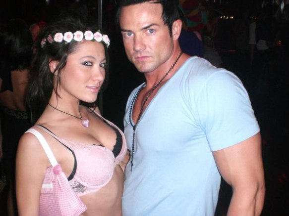 Are these two randoms dressed up as China Chow and Julian McMahon for Halloween?