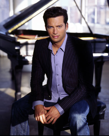 harry-connick-jr-with-piano